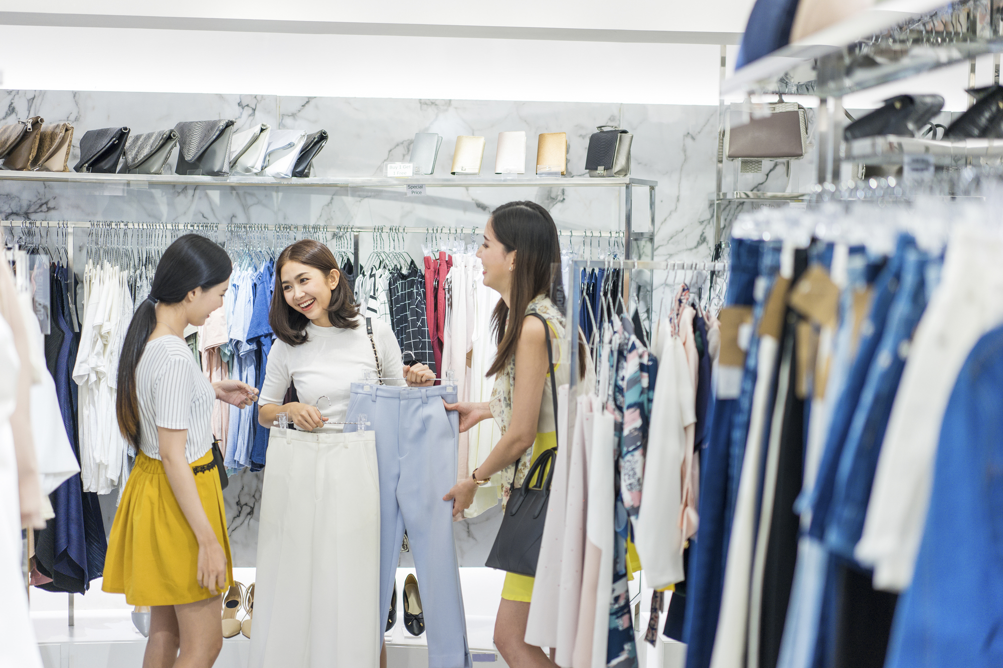 レディースの服のサイズの選び方